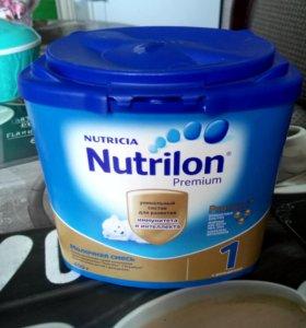 Молочная смесь Nutrilon 1
