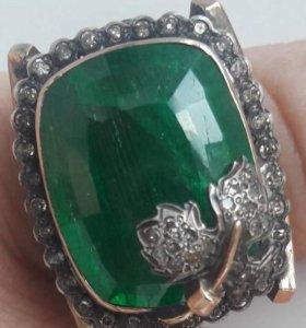 Кольцо золотое с изумрудом 20 карат