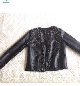 Новая куртка из кожзаменителя