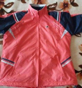 Продам женский спортивный кастюм
