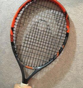 Продаётся теннисная ракетка head