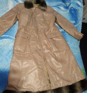 Пальто демисезонное на лебяжем пуху 48