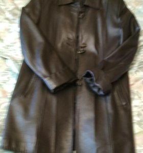 Кожаная куртка 44размер