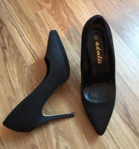 Туфли вечерние 37 размер