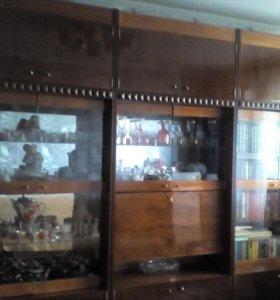 Стенка 3 секционная + шкаф платяной