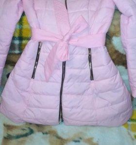 Куртка в идеальном состоянии 40-42