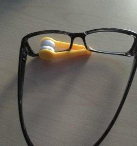 Губка для чистки очков