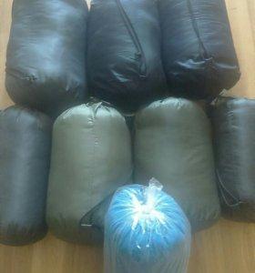 Спальные мешки в ассортименте