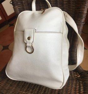 Крутой женский рюкзачок