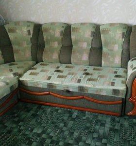 Диван с креслом в комплекте