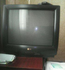 СРОЧНО! Продам телевизор LG.