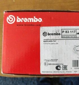 Колодки передние brembo p83117 для toyota camry
