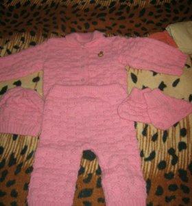 Вязаный костюм детский