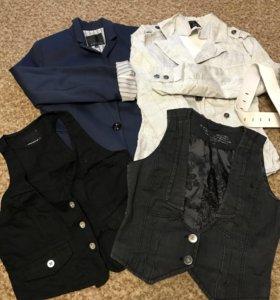 Пиджаки и жилетки женские 44-46 размер