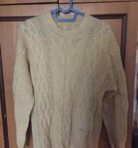 Шерстяной свитер и жилетка, гетры