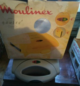 Вафельница Moulinex