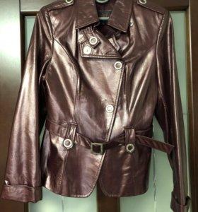 Продам женскую кожаную куртку 42-44