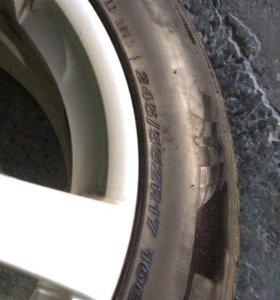 Продам комплект колёс с дисками