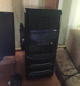 Игровой компьютер в сборе.