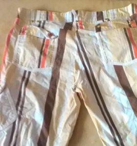 Короткие брюки шорты