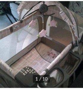 Манеж-кровать baby trend.