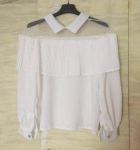 Новая белая блузка нарядная оборки рюши
