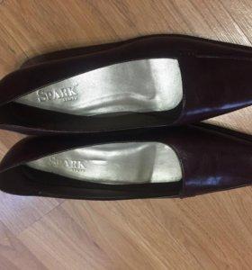 Новые итальянские туфли Spark 37 р-р