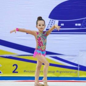 Купальник для художественной гимнастики-