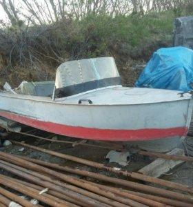 Моторная лодка казанка
