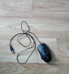 Мышка игровая, светится