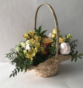 Фруктово-цветочная корзина (букет из фруктов)
