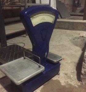 Весы тип ВНЦ с двумя площадками . До 1000 грамм.
