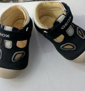 Детские ботиночки GEOX