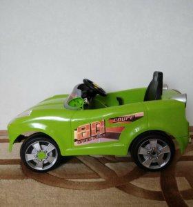 Продам электромобиль. Ребенку до 5-6 лет.