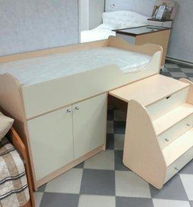 Новая детская кровать с матрасом.