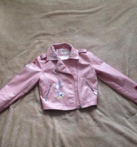 Куртка новая размер м