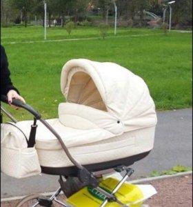 Детская коляска (ЭКО кожа)