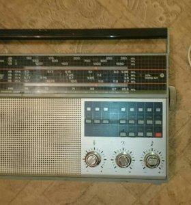 Радиоприемник СССР Горизонт Океан 222