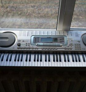Синтезатор CASIO WK-3300 интерактивный с пюпитром