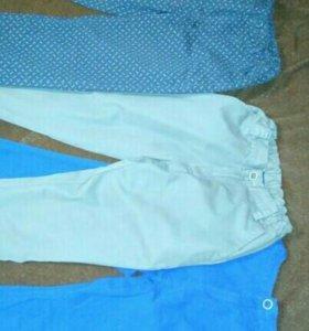 Тонкие джинсы, каждые по 300