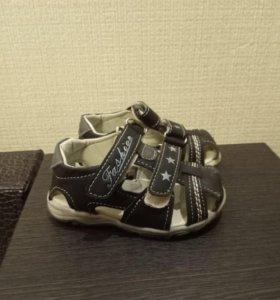 Детские сандали (босоножки)