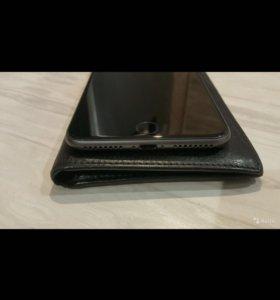 Продам iPhone 8+ или обменяю на huawei p20 pro