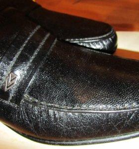 Туфли мужские черные р. 42