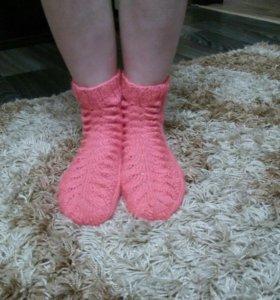Вязаные женские шерстяные носки (ручная работа).