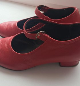 Детские туфли для народных танцев