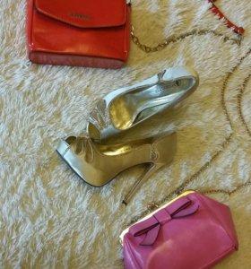 Новые Золотые туфли 38р