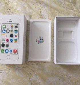 Коробка от Айфона .