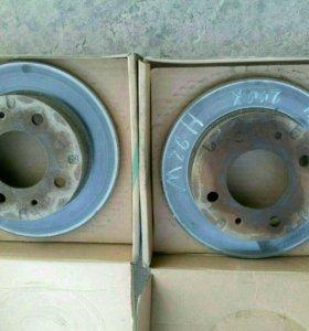 Передние тормозные диски Ниссан Отти 2002г