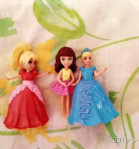 Набор кукол с нарядами