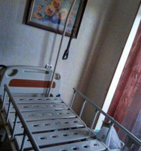 Кровать с матрасом для больных